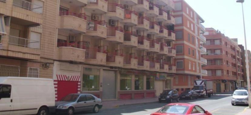 Коммерческая недвижимость в Торревьехе, Испания, 160 м2 - фото 1