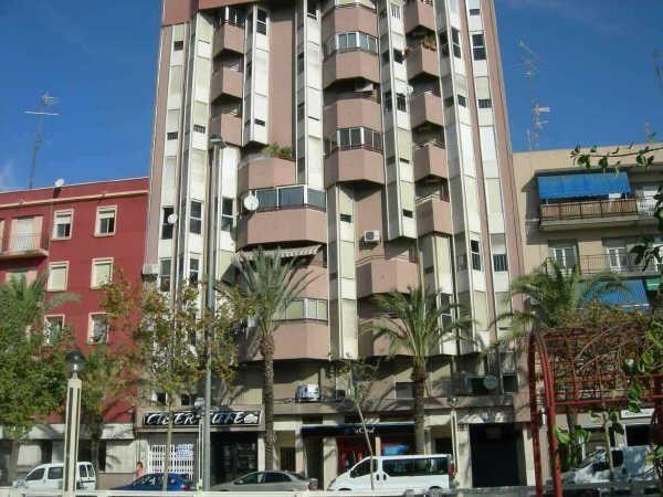 Коммерческая недвижимость в Аликанте, Испания, 162 м2 - фото 1