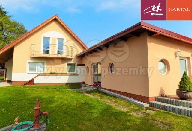 Дом в Карловых-Варах, Чехия, 360 м2 - фото 1