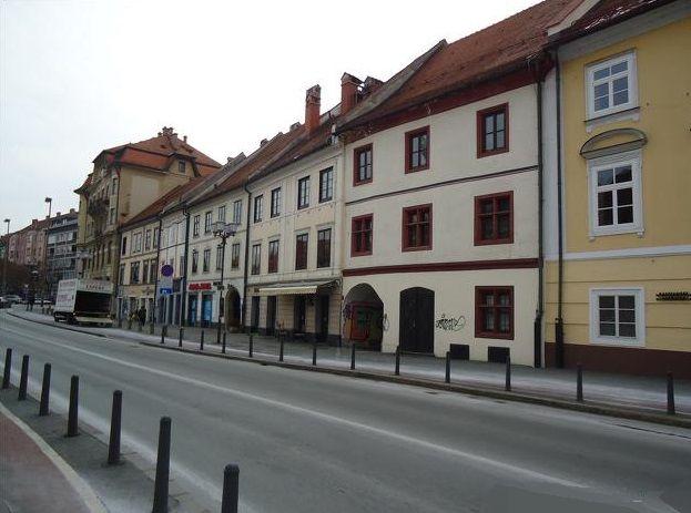 Коммерческая недвижимость в Мариборе, Словения, 120 м2 - фото 1