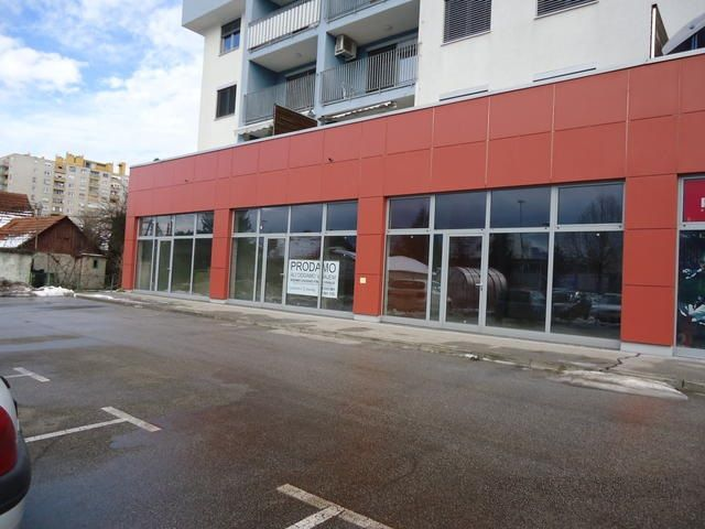 Коммерческая недвижимость в Мариборе, Словения, 79.39 м2 - фото 1