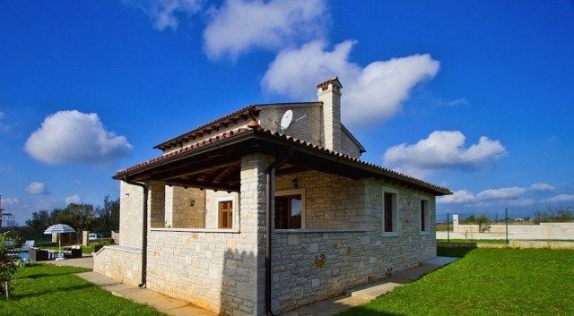 Дом в Ровини, Хорватия, 1220 м2 - фото 1