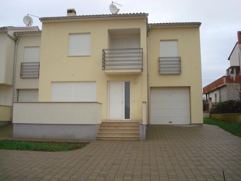 Дом в Ровини, Хорватия, 121 м2 - фото 1