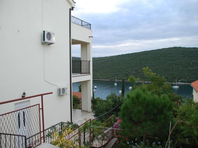Квартира в Бигово, Черногория, 154 м2 - фото 11