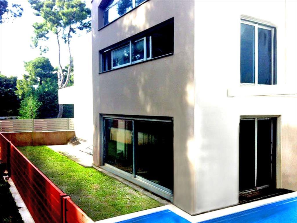 Дом в Айос-Стефаносе, Греция, 360 м2 - фото 1