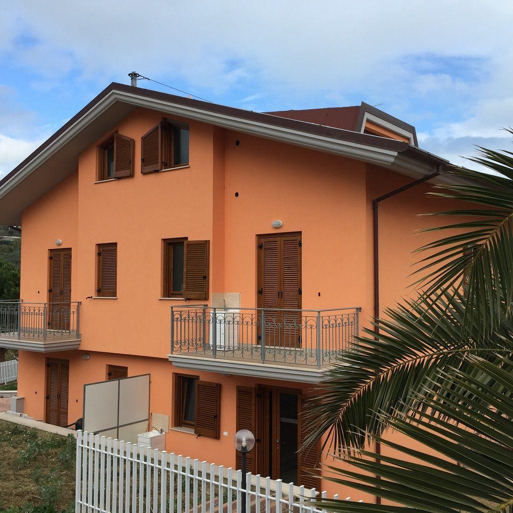 Квартира в Абруццо, Италия, 120 м2 - фото 1