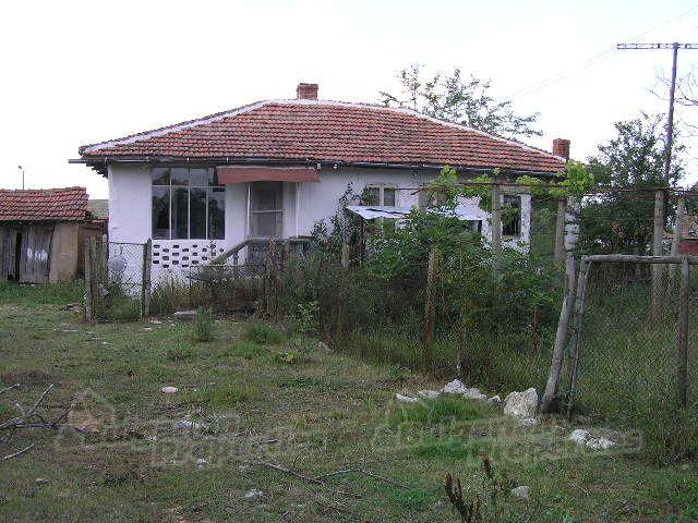 Дом в Ямболе, Болгария, 2250 м2 - фото 1