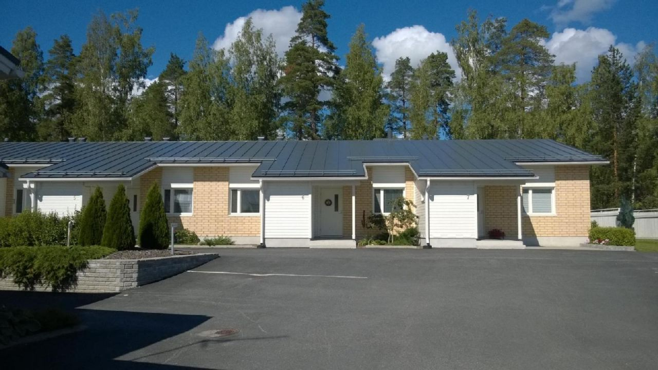 Дом в Лаппеенранте, Финляндия, 2084 м2 - фото 1