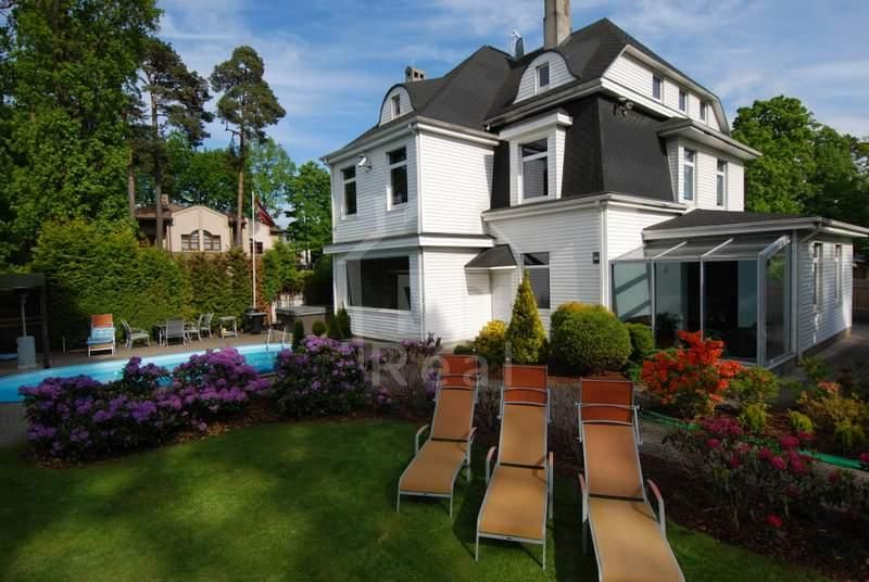 Дом в Юрмале, Латвия, 1525 м2 - фото 1