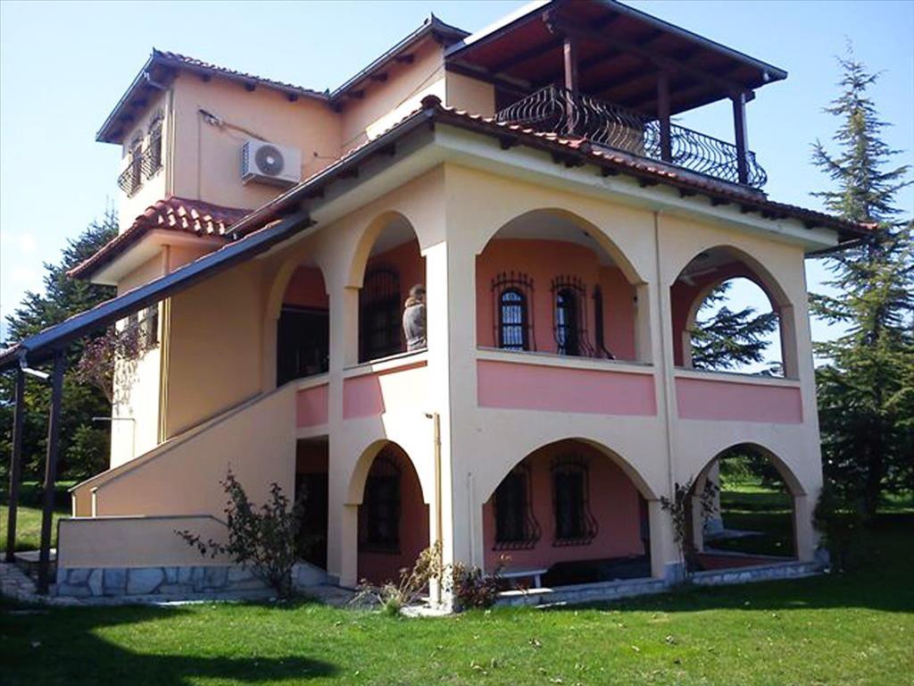 Дом в Пиерии, Греция, 1280 м2 - фото 1