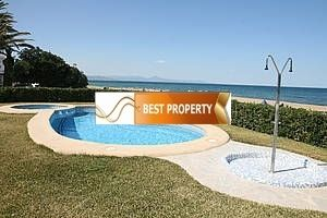 Apartment rental in Camaiore Denia on the beach from the owner