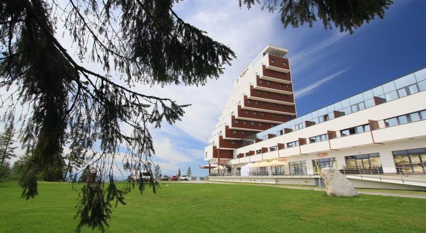 Отель, гостиница в Штрбске-Плесо, Словакия, 6176 м2 - фото 1