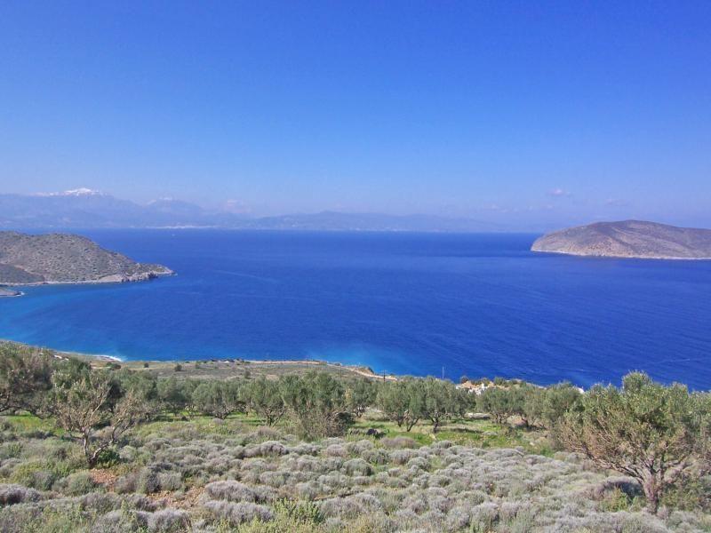 Земля в Иерапетре, Греция, 2050 м2 - фото 1