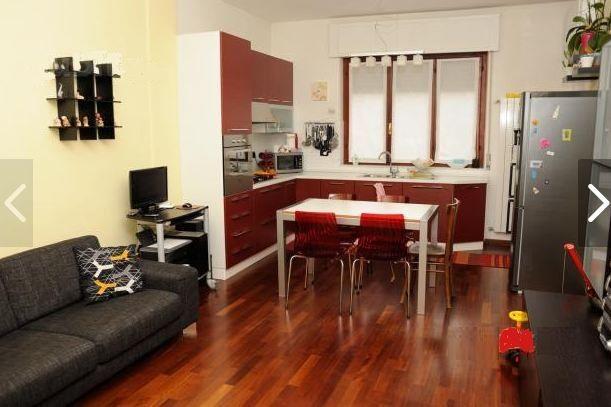 Апартаменты в Форте деи Марми, Италия, 80 м2 - фото 1