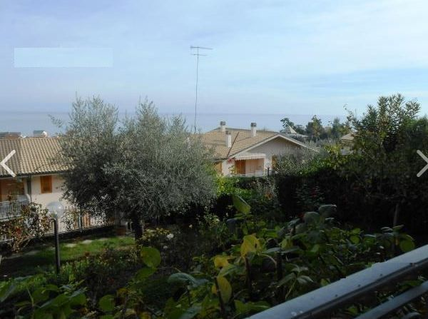 Апартаменты в Абруццо, Италия, 100 м2 - фото 1
