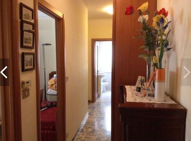 Апартаменты в Империи, Италия, 60 м2 - фото 1