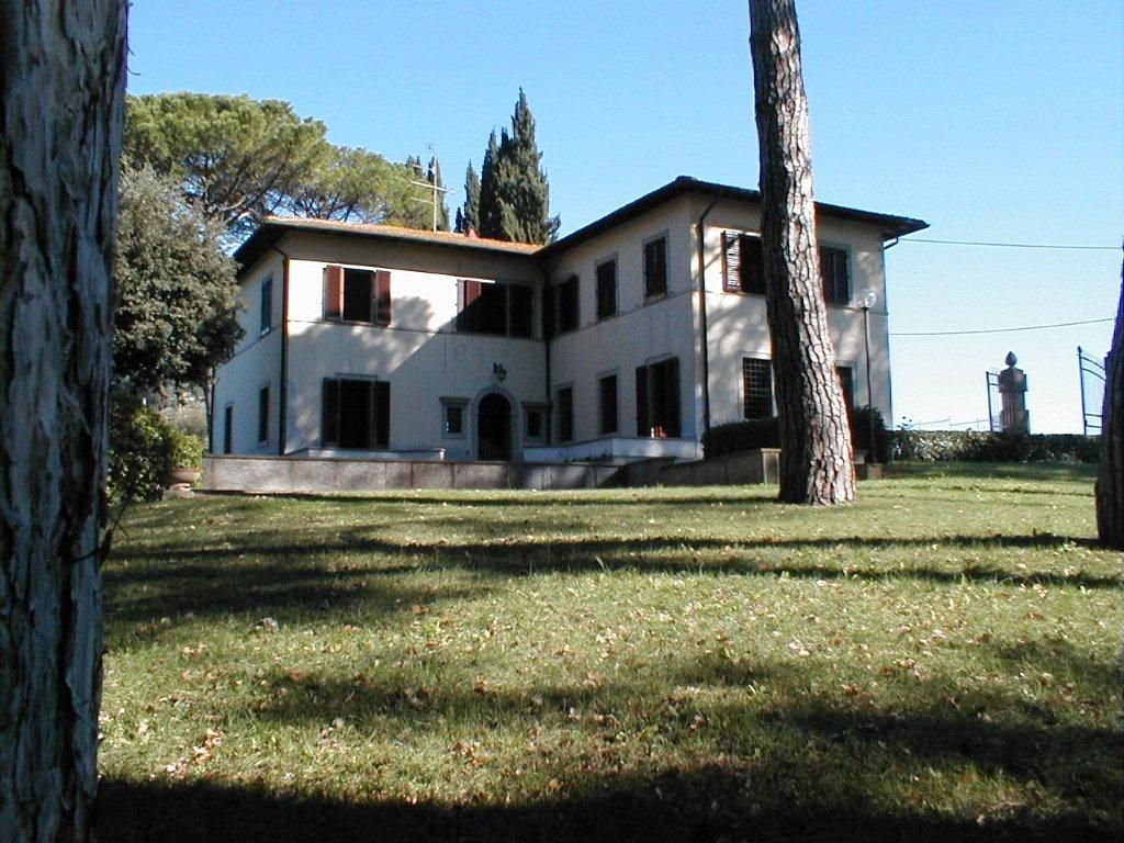 Вилла в Кьянти, Италия, 450 м2 - фото 1