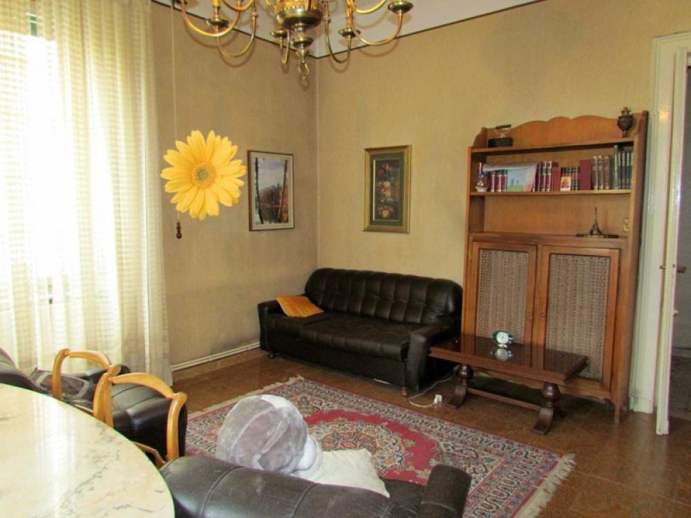 Апартаменты в Валле-д'Аоста, Италия, 150 м2 - фото 1