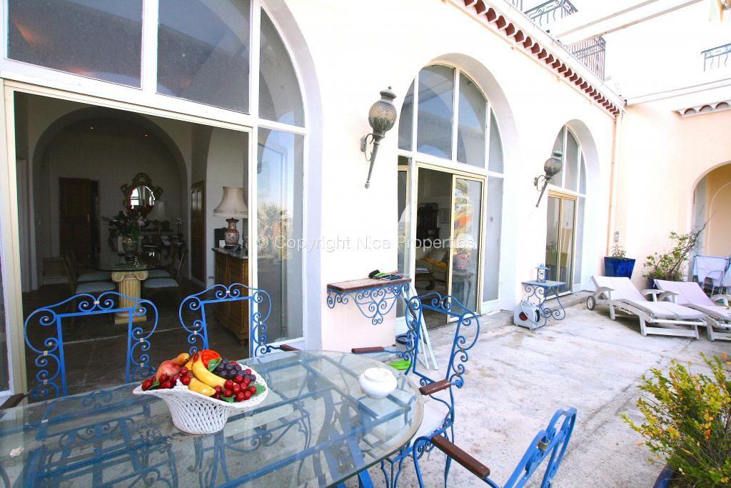 Квартира в Грасе, Франция, 165 м2 - фото 1