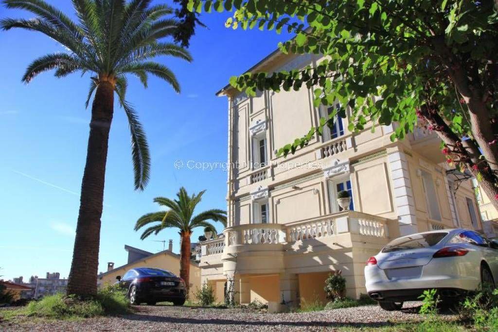 Дом в Ницце, Франция, 330 м2 - фото 1