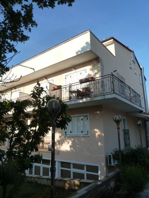 Отель, гостиница в Пуле, Хорватия, 1000 м2 - фото 1