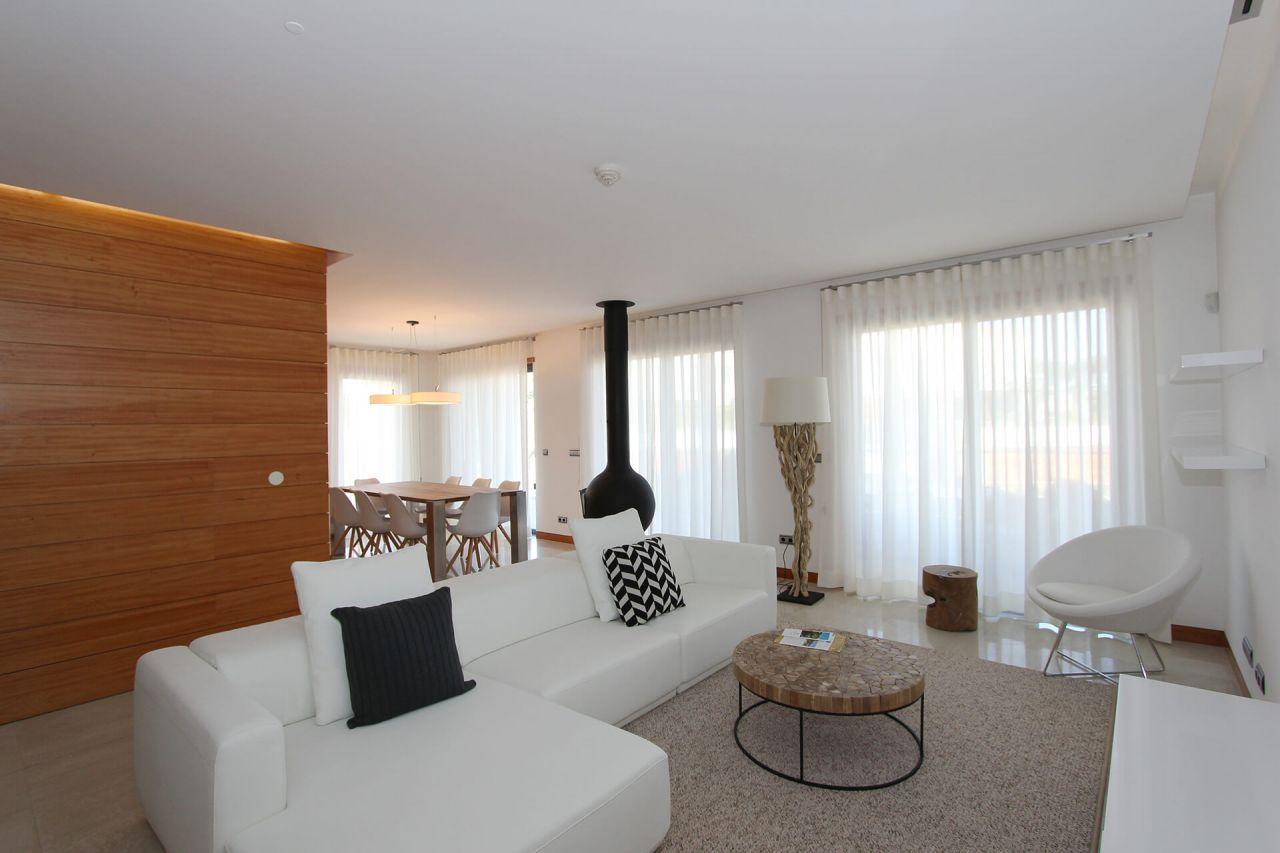 Апартаменты в Вале ду Лобу, Португалия, 311 м2 - фото 1