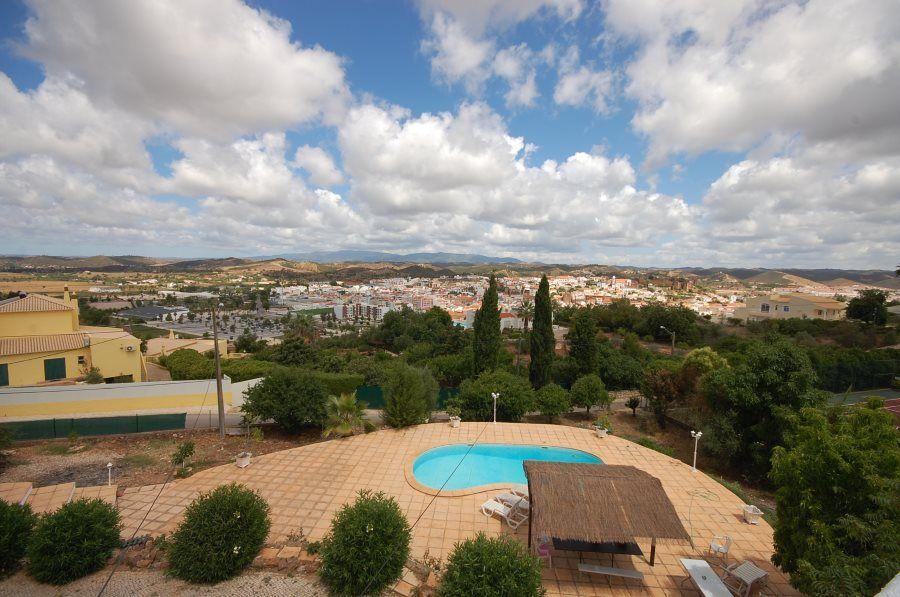 Вилла в Алгарве, Португалия, 2665 м2 - фото 1