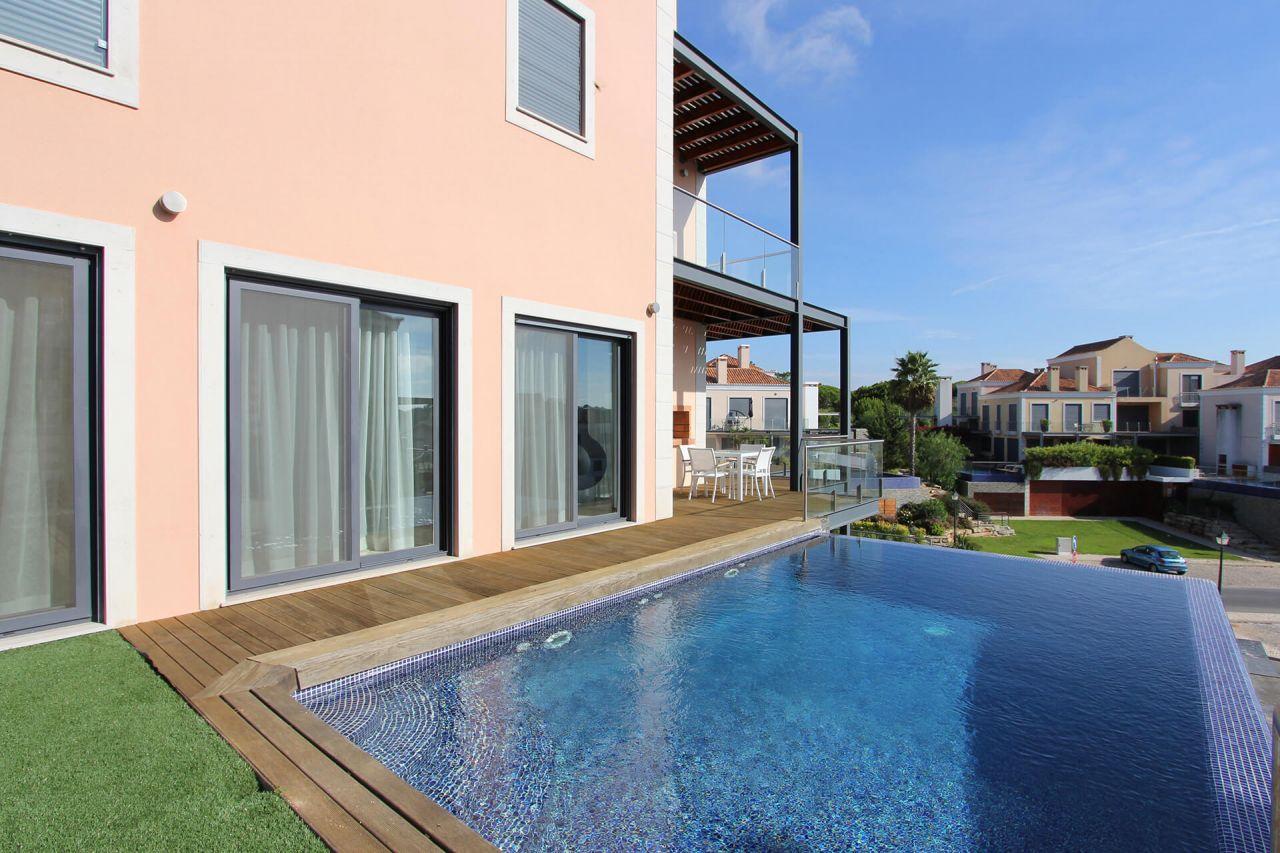 Апартаменты в Вале ду Лобу, Португалия, 232 м2 - фото 1