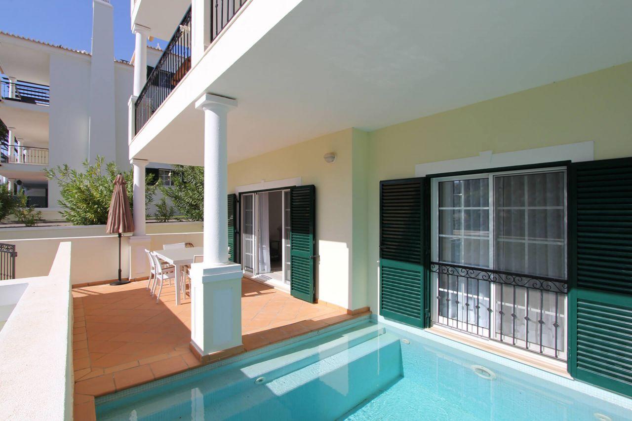 Апартаменты в Вале ду Лобу, Португалия, 173 м2 - фото 1