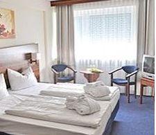 Отель, гостиница в Берлине, Германия, 7380 м2 - фото 1