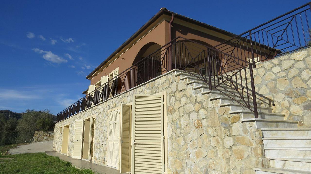 Вилла в Бордигере, Италия, 250 м2 - фото 1