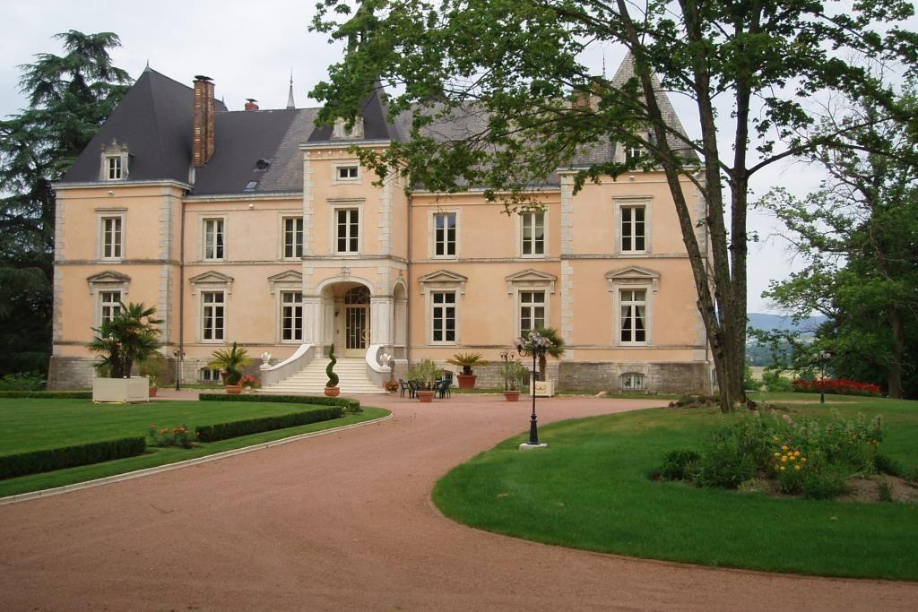 Замок в Бургундии, Франция, 1100 м2 - фото 1