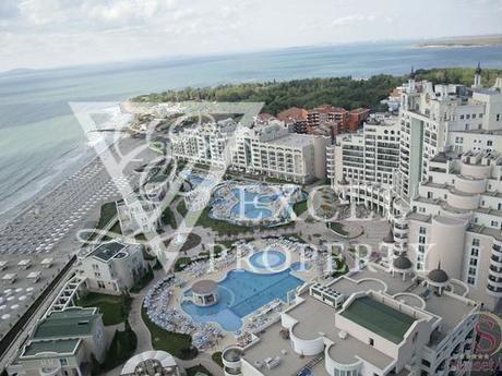 Квартира в Поморие, Болгария, 86 м2 - фото 1