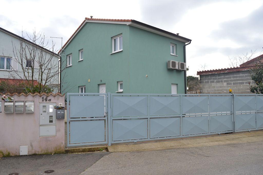 Дом в Пуле, Хорватия, 150 м2 - фото 1