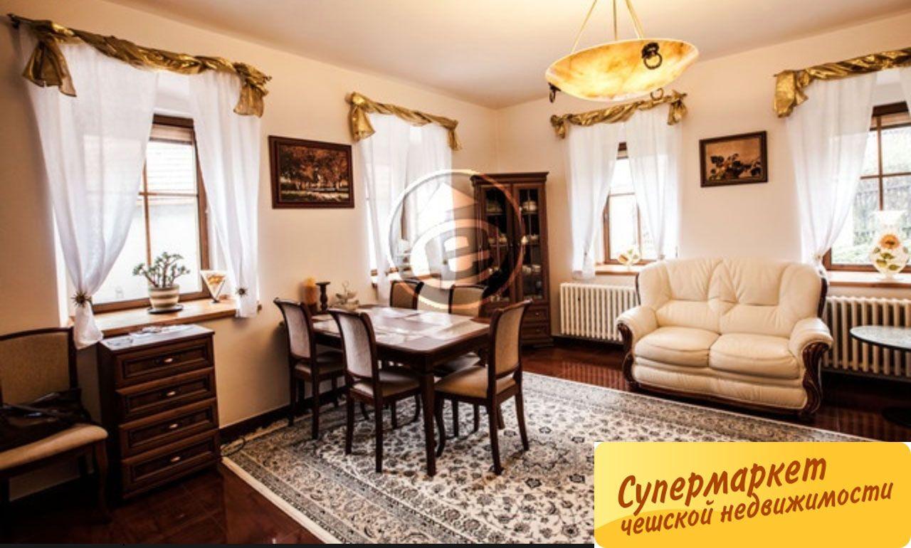 Дом в Карловых-Варах, Чехия, 257 м2 - фото 1