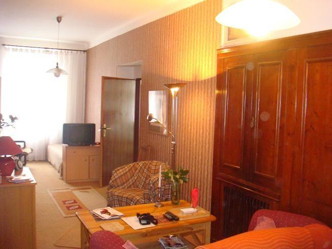 Дом в Карловых-Варах, Чехия, 400 м2 - фото 1