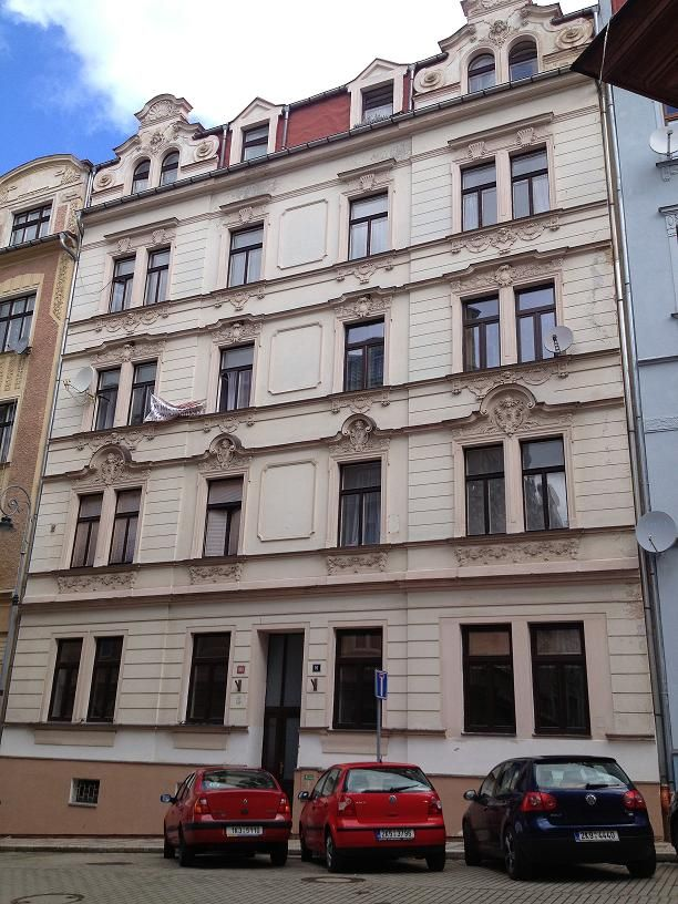 Квартира в Карловых-Варах, Чехия, 86 м2 - фото 1