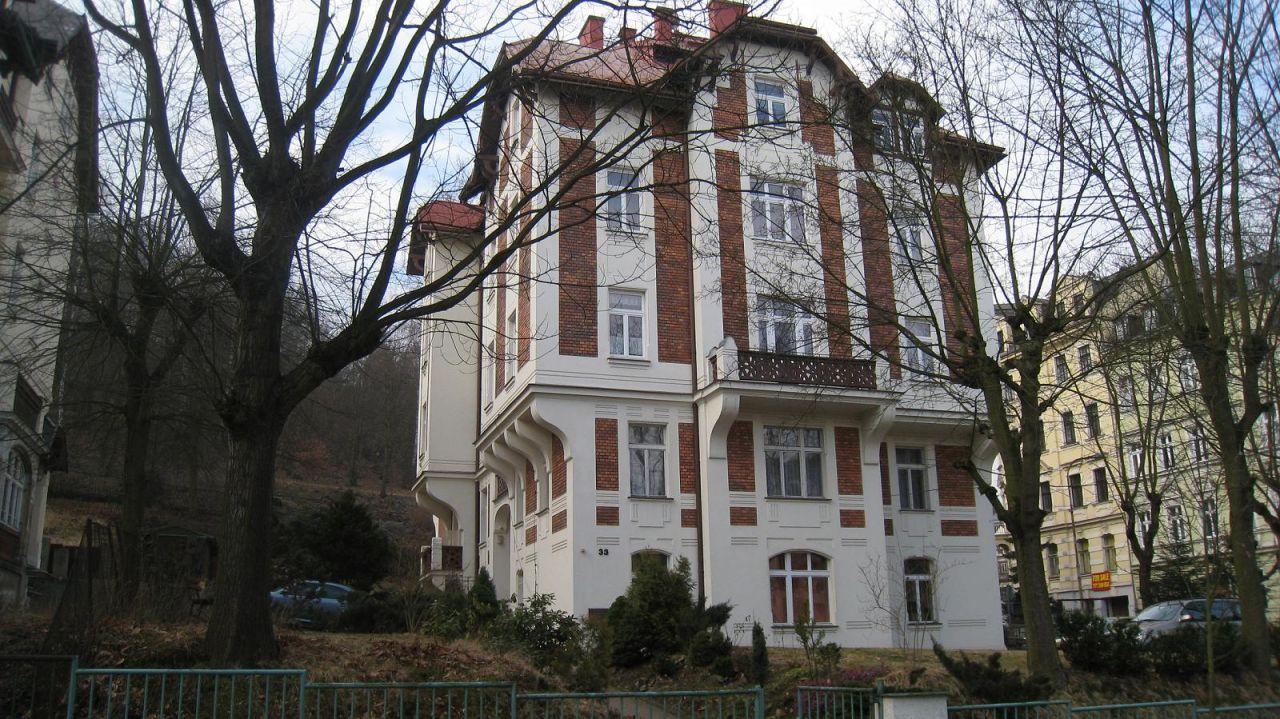 Квартира в Карловых-Варах, Чехия, 132 м2 - фото 1