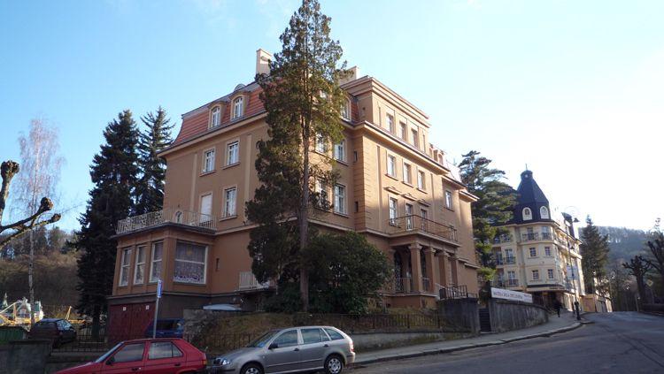Квартира в Карловых-Варах, Чехия, 123 м2 - фото 1