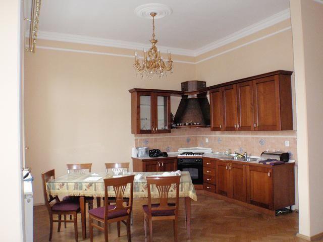 Квартира в Карловых-Варах, Чехия, 130 м2 - фото 1
