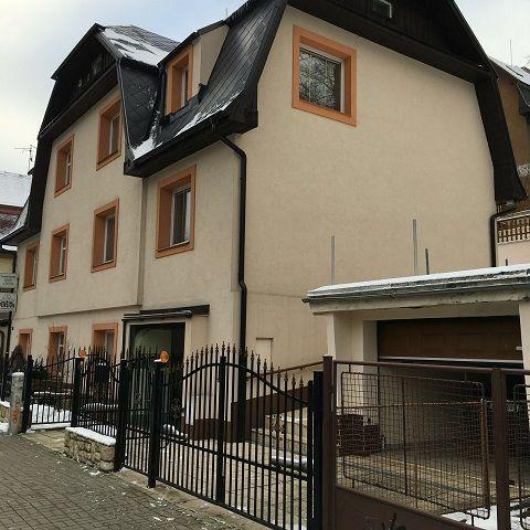 Дом в Карловых-Варах, Чехия, 290 м2 - фото 1