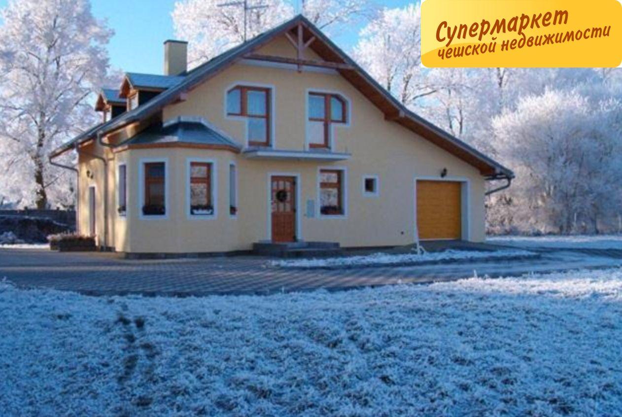 Дом в Карловых-Варах, Чехия, 2750 м2 - фото 1