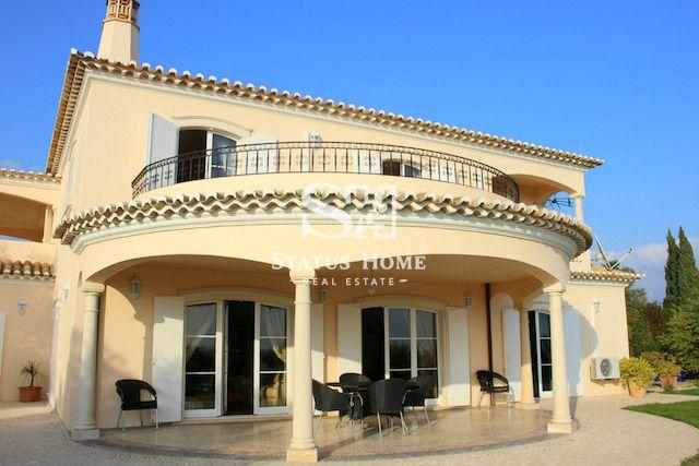 Вилла в Алгарве, Португалия, 52960 м2 - фото 1