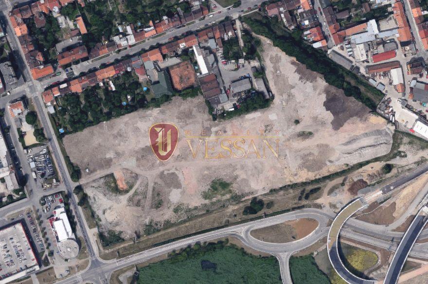 Коммерческая недвижимость в Брно, Чехия, 50000 м2 - фото 1