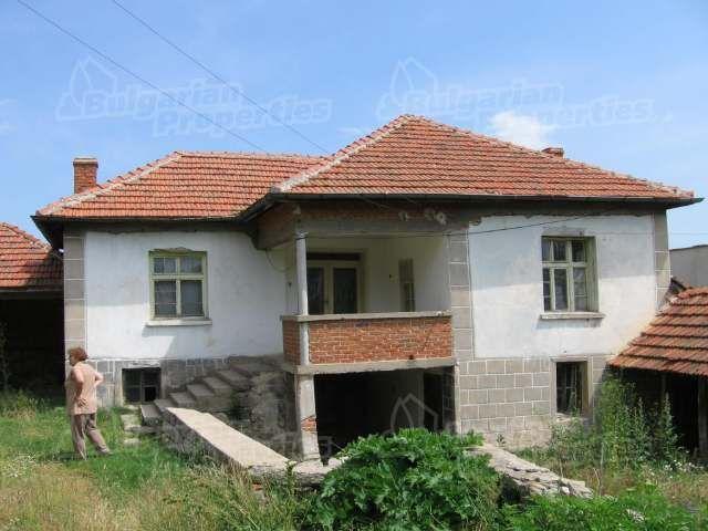 Дом в Хасково, Болгария, 1400 м2 - фото 1
