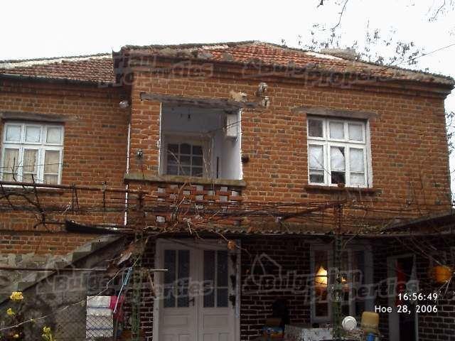 Дом в Ямболе, Болгария, 1430 м2 - фото 1
