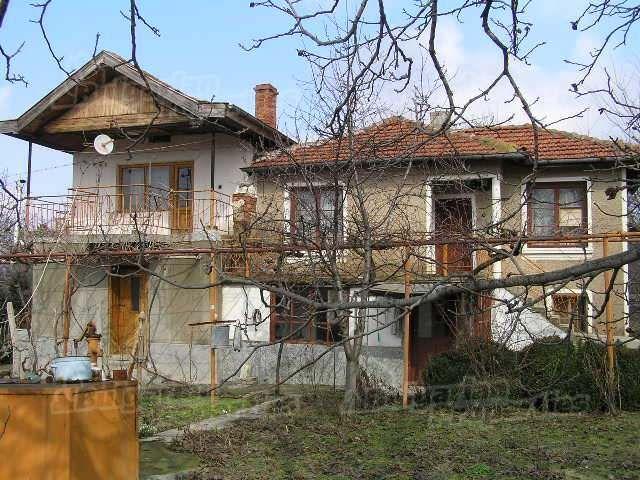 Дом в Ямболе, Болгария, 1350 м2 - фото 1