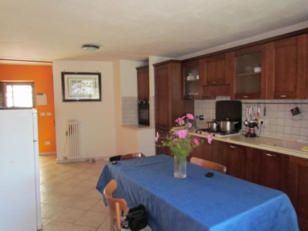 Дом в Валле-д'Аоста, Италия, 130 м2 - фото 1