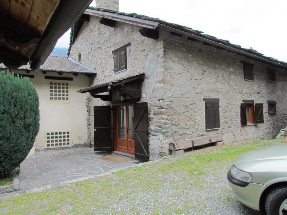 Апартаменты в Валле-д'Аоста, Италия, 207 м2 - фото 1