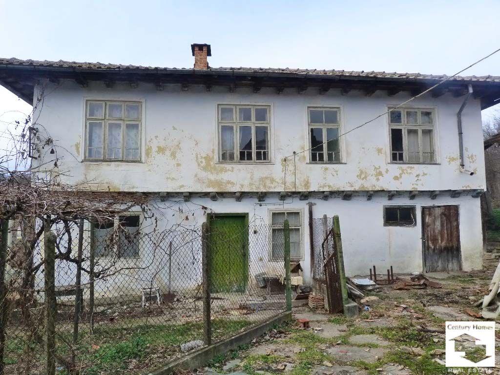 Дом в Габрово, Болгария, 2800 м2 - фото 1